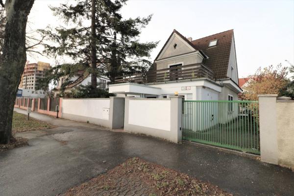 Купить дом словакия болгария снять квартиру